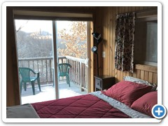 Little Barn Cabin - Master Bedroom with Deck